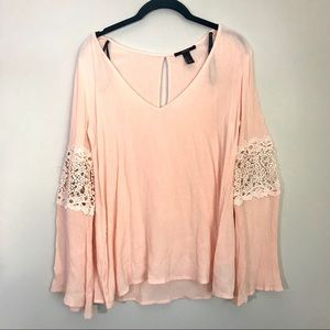 Forever 21 lace sleeve blush pink top size medium